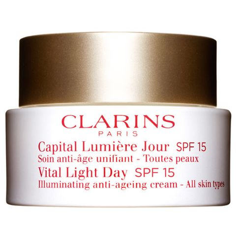 Clarins Vital Light Day Illuminating Anti-Ageing Cream All Skin Types SPF 15 i gruppen Ansikte / Dagcreme / Torr hud hos Hudotekets Webshop (20119000)