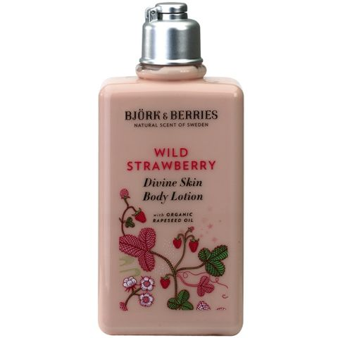 Bj�rk&Berries Wild Strawberry Divine Skin Body Lotion 250 ml i gruppen Kropp / Creme & Lotion hos Hudotekets Webshop (HO205)