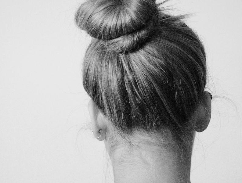 fett hår torr hårbotten